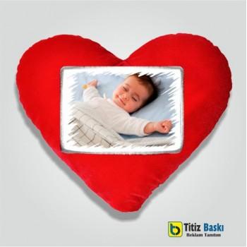 Kırmızı Kalpli Yastık